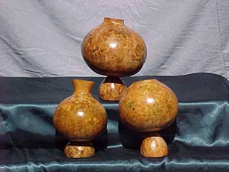 Decorative Gourds: MArtsLine on decorative gourd lamps, decorative gourd art, decorative gourd birdhouses, decorative gourd dolls, decorative gourds and squash, decorative gourd vessels,